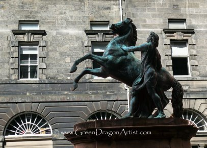 EdinburghStatue